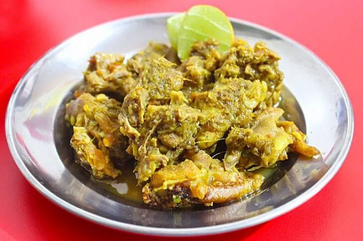 10. Ayam Palekko - 12 Kuliner Enak di Makassar yang Wajib Dicoba