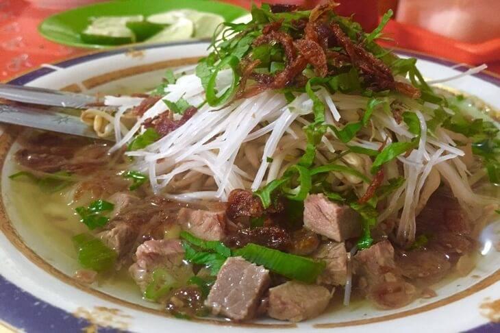 11. Sop Ubi Datu Museng - 12 Kuliner Enak di Makassar yang Wajib Dicoba