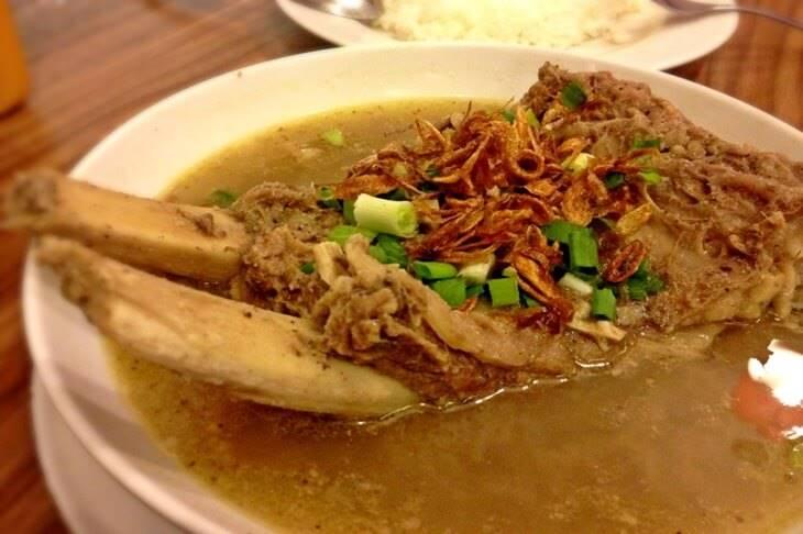 2. Sop Konro - 12 Kuliner Enak di Makassar yang Wajib Dicoba