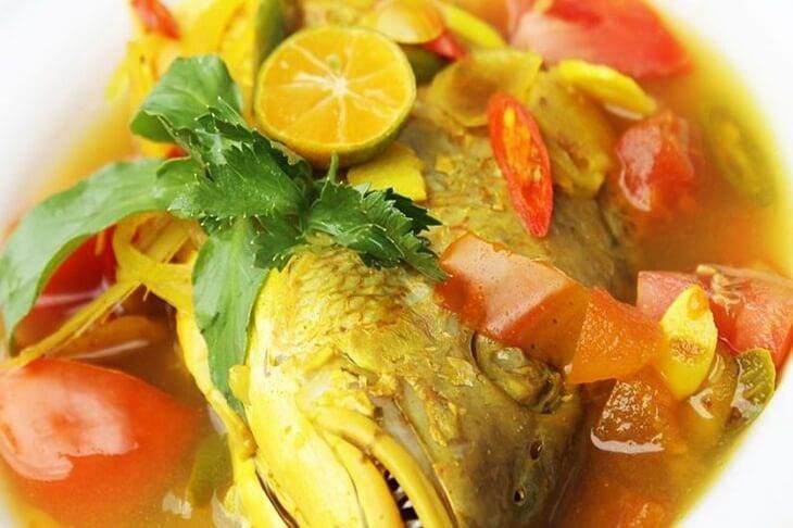 7. Ikan Pallumara - 12 Kuliner Enak di Makassar yang Wajib Dicoba