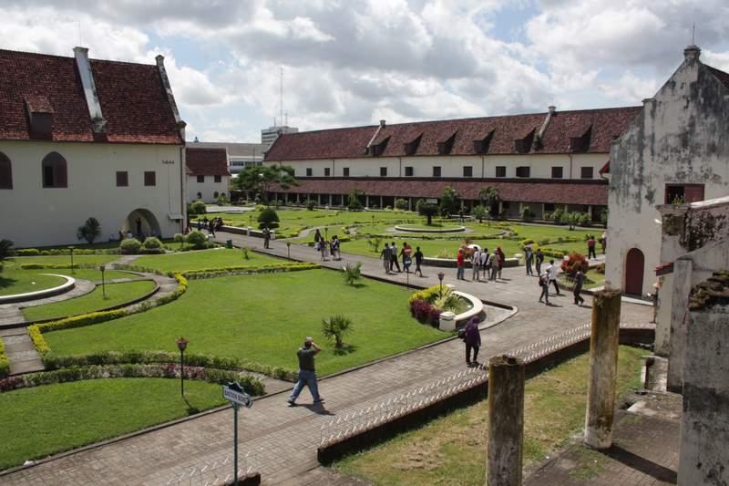Menjelajah Benteng Rotterdam, Destinasi Sejarah Ikonik di Kota Makassar
